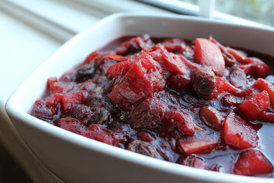 Moderation Schmoderation and Holiday Gift Idea No. 3: Cranberry Apple Chutney