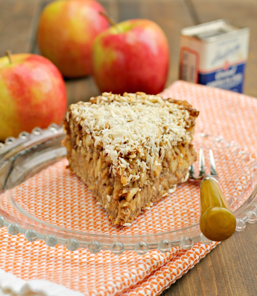 Speaking of Pie, Here's The World's Healthiest (and Tastiest) Apple Pie Recipe